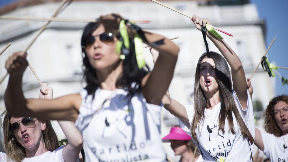 Manifestación en Madrid contra el Toro de la Vega.Fiesta del toro de la Vega, en Tordesillas