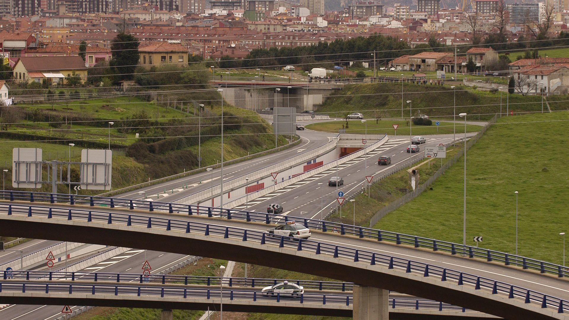 La autovía minera en el acceso a Gijón
