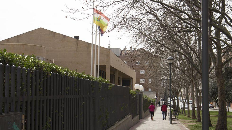 Centro educativo de Logroño, que decretó el cierre de los colegios el 10 de marzo pasado