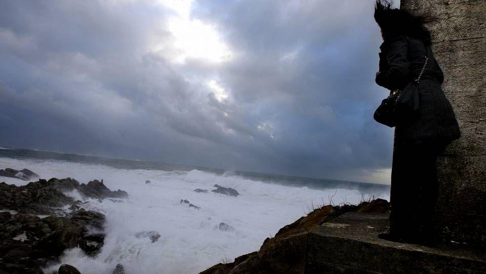 Olas H.Temporal en la playa de A Frouxeira, en Valdoviño
