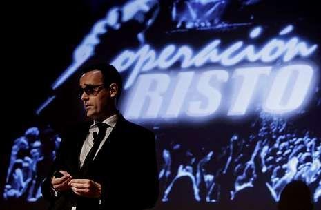 jordis_detalle.Risto Mejide en su charla con el logotipo de OT revisado como «Operación Risto».