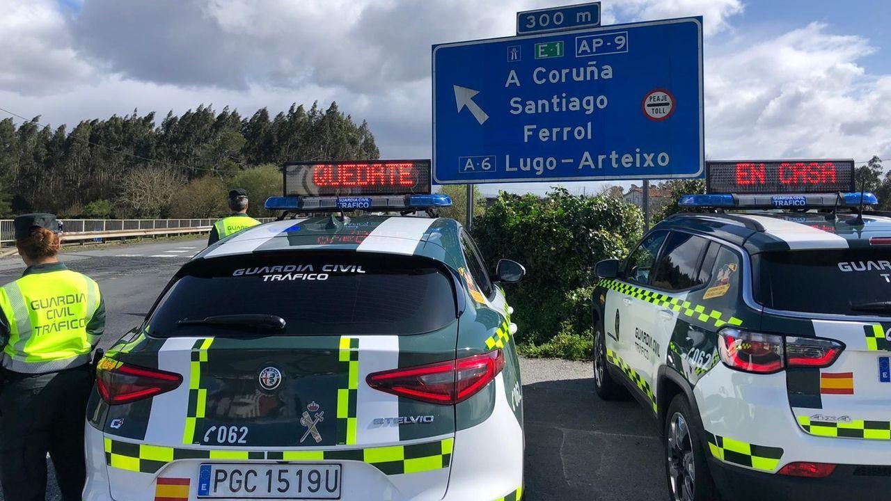 Un control de la Guardia Civil en la carretera durante el estado de alarma