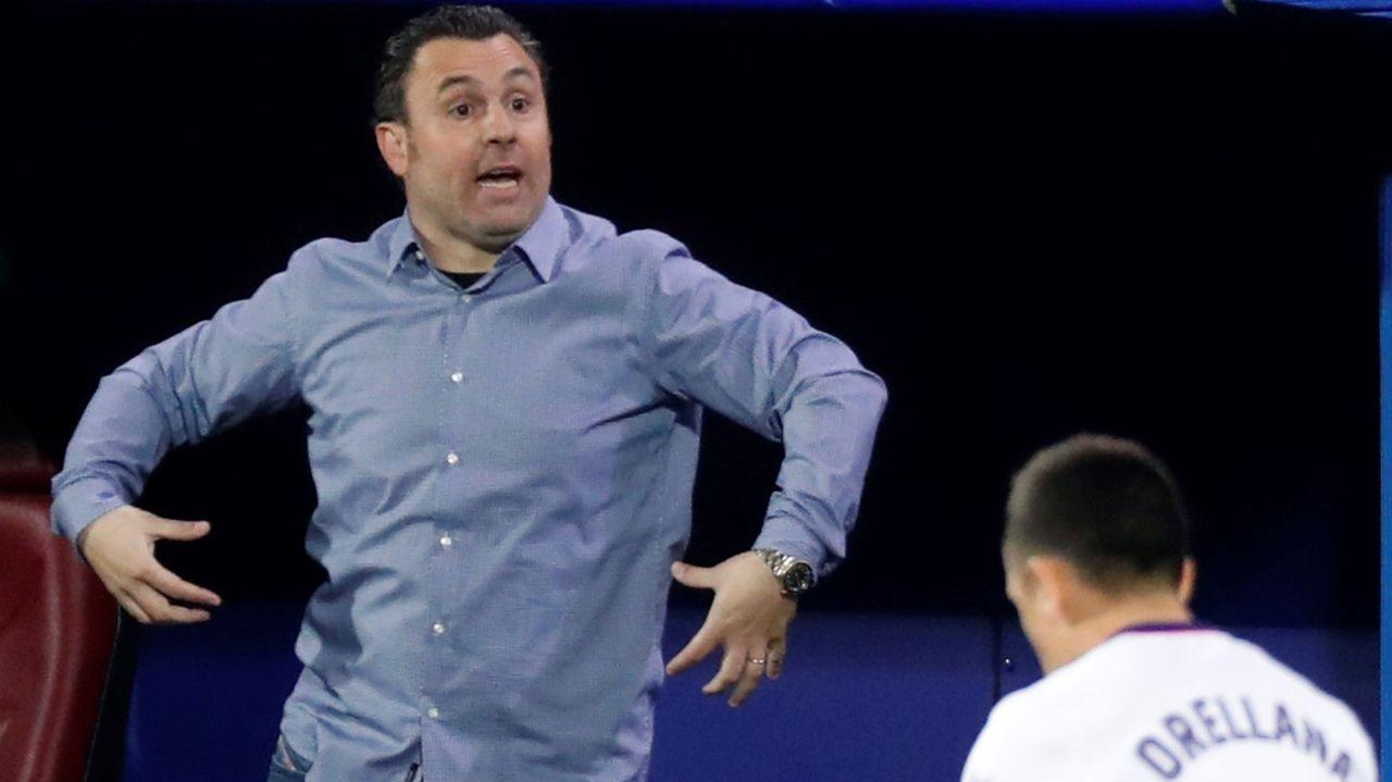 Guille Bernabeu Fran Alvarez Valladolid Promesas Vetusta Zorrilla.Los jugadores del Vetusta, antes de un encuentro