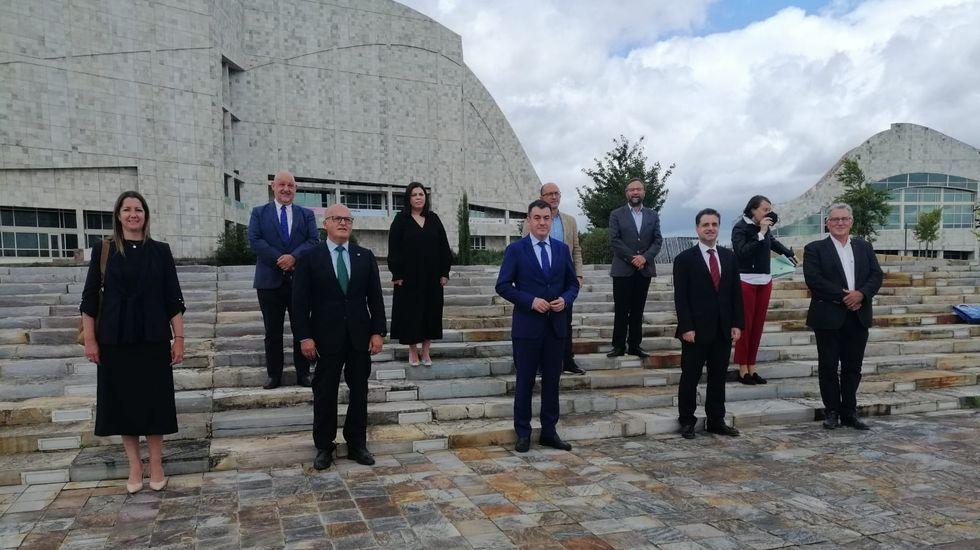 La reunión para potenciar la Vía Nova se celebró en Compostela