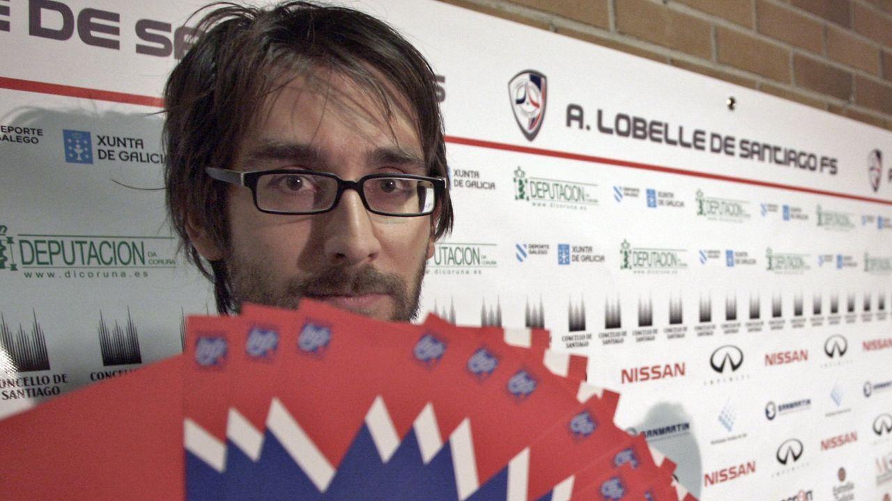Amez Alberto Fuentes Kamal Vetusta Guijuelo El Requexon.Josín Martínez, en un partido con el Guijuelo