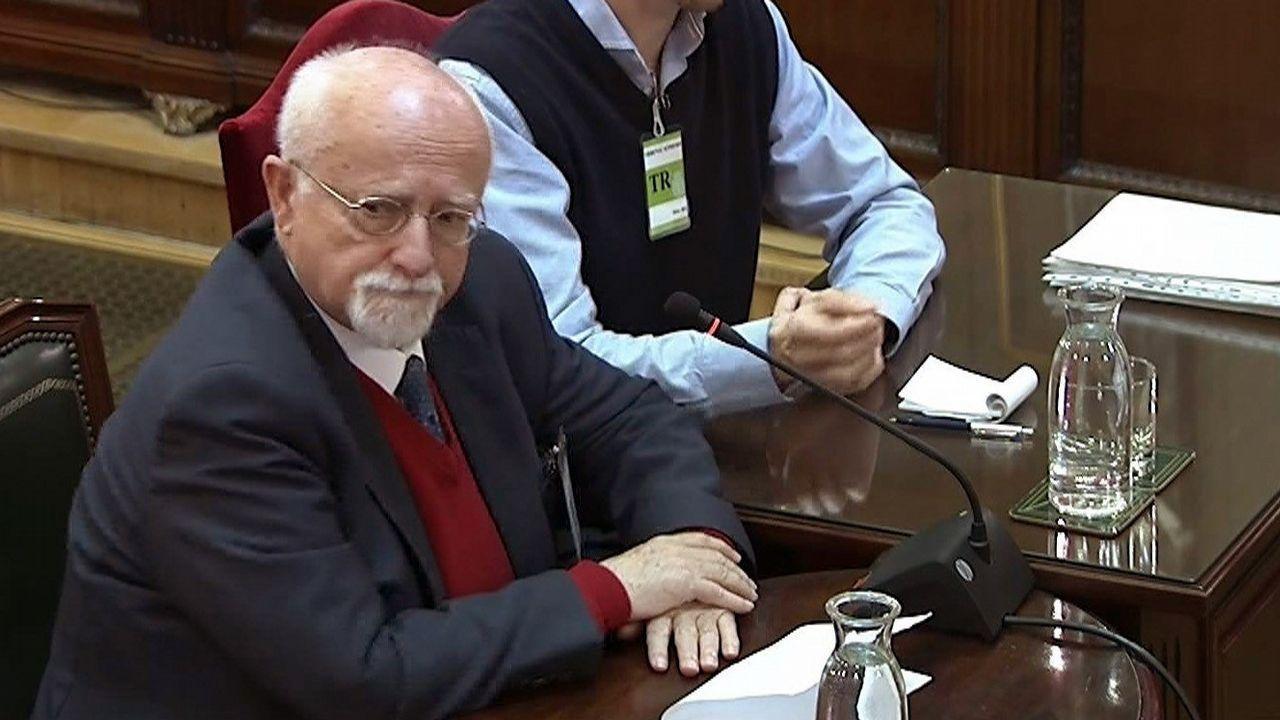 El exparlamentario alemán Felix Von Grundbergm declaró en el juicio por el desafío independentista que  estuvo en Cataluña el 1-O, pero que no era observador electoral y se pagó sus gastos