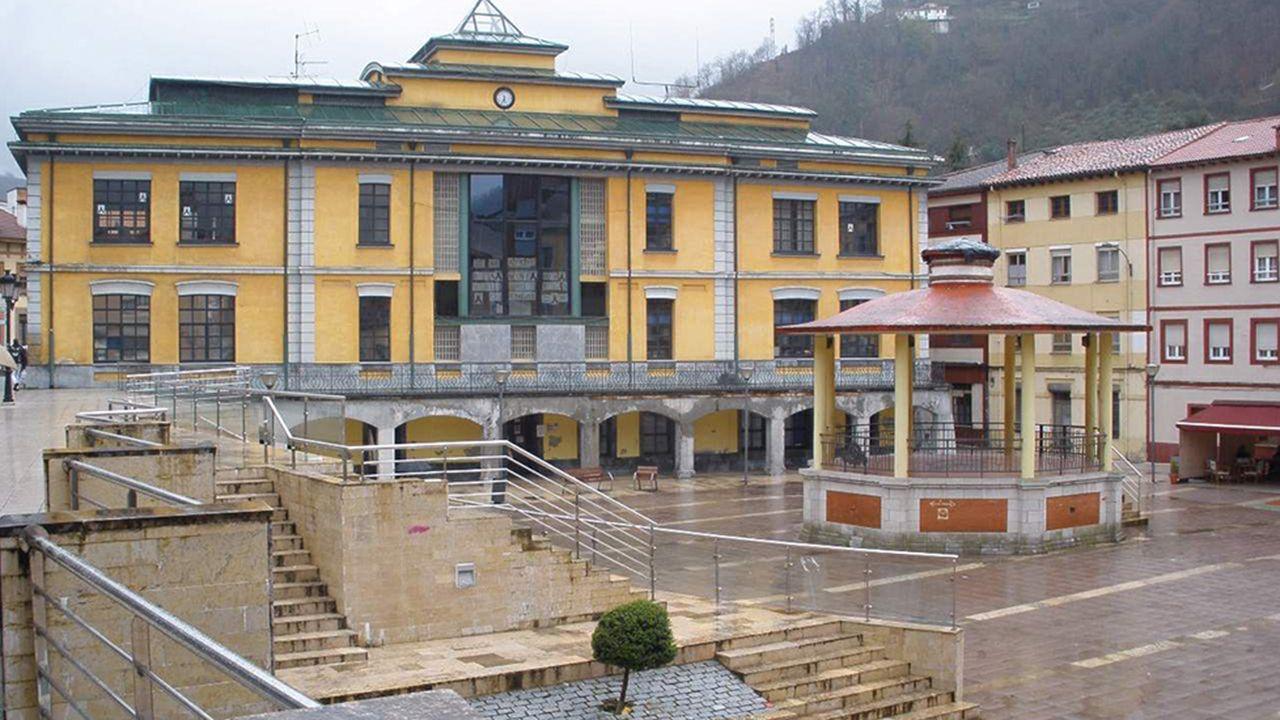 Ayuntamiento San Martin del Rey Aurelio