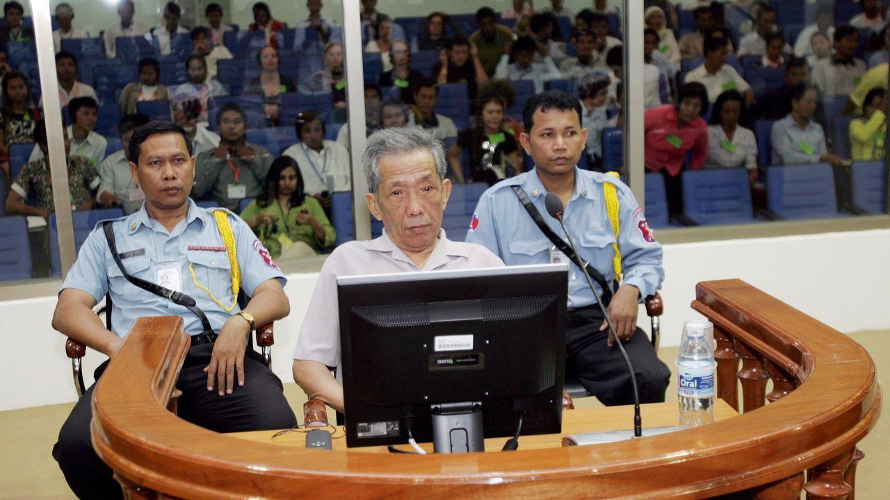 Kaing Guek Eav alias Duch, fue condeando a cadena perpetua en el  juicio de diciembre del 2008