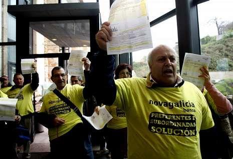 Afectados tomaron las oficinas de la empresa energética en Travesía de Vigo.