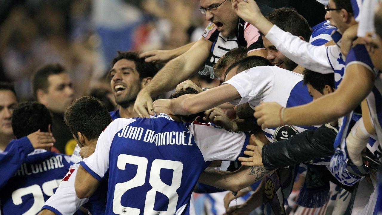 Lassad celebra con la grada su gol al Celta en segunda división, su gran momento como deportivista
