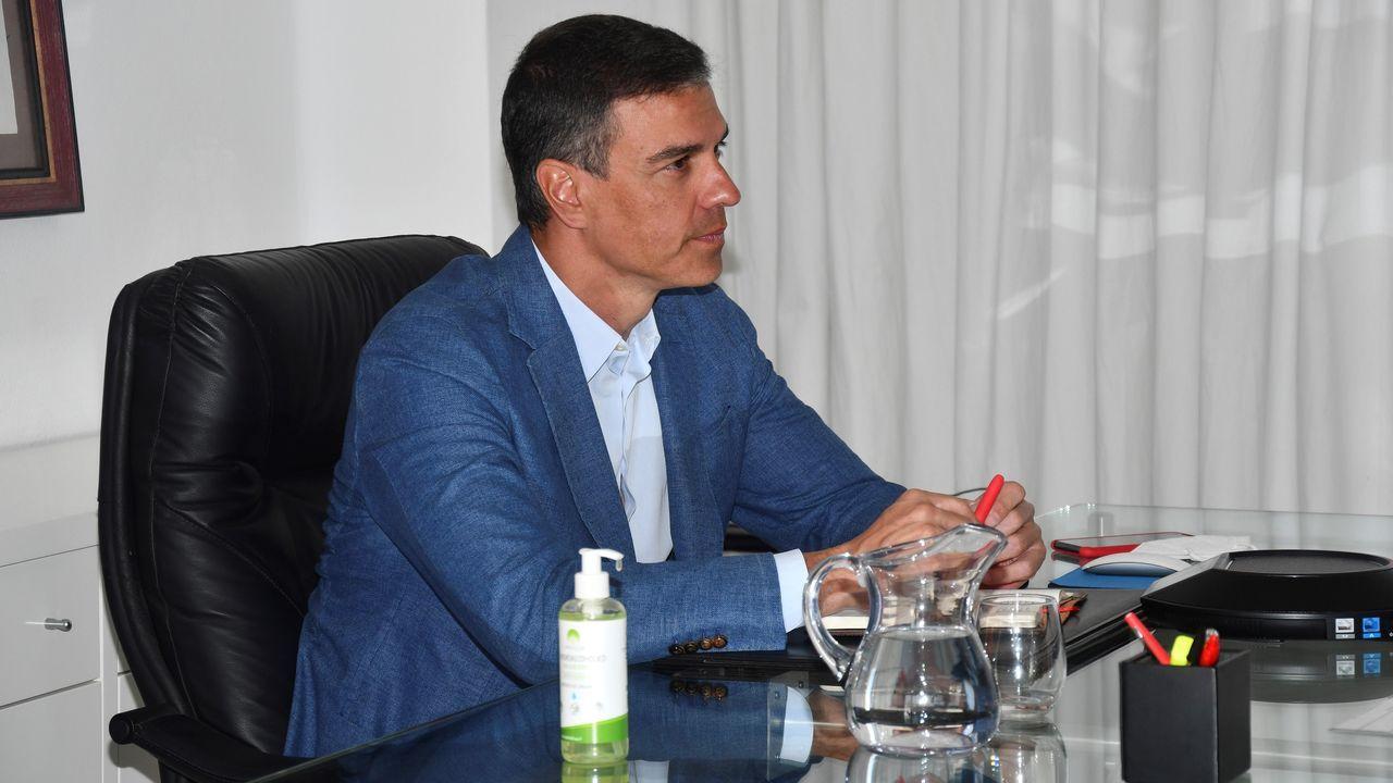 Las imágenes de los primeros evacuados a España desde Afganistán.El presidente Pedro Sánchez, hoy en Lanzarote, durante la reunión de seguimiento del dispositivo de repatriación del contingente español en Afganistán.