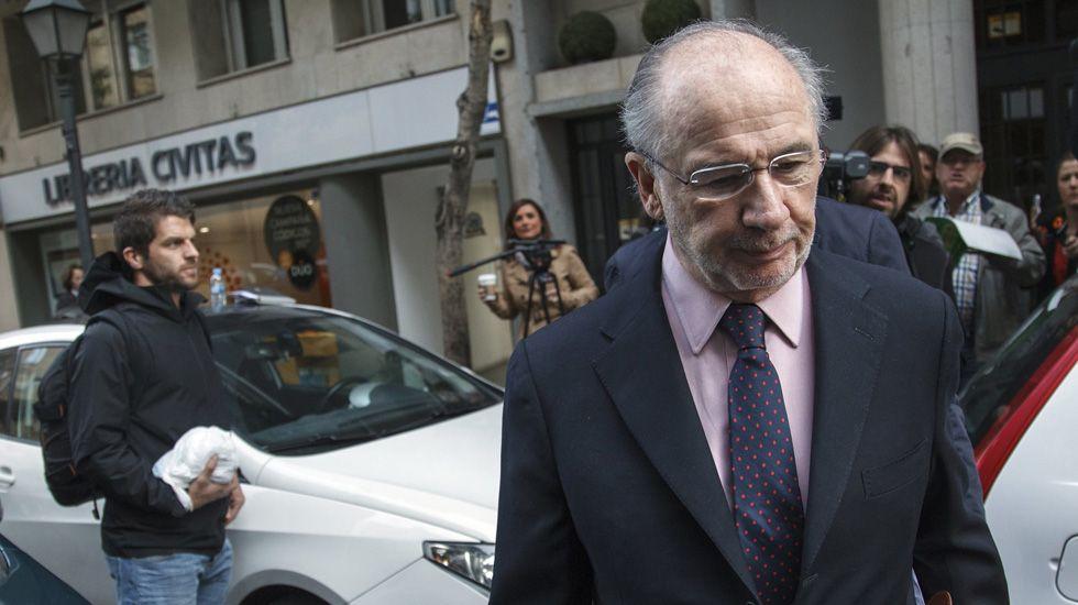 La Guardia Civil concluye que Rato intentó beneficiarse con el crédito de Bankia al Valencia CF.Rato, a su llegada a los juzgados