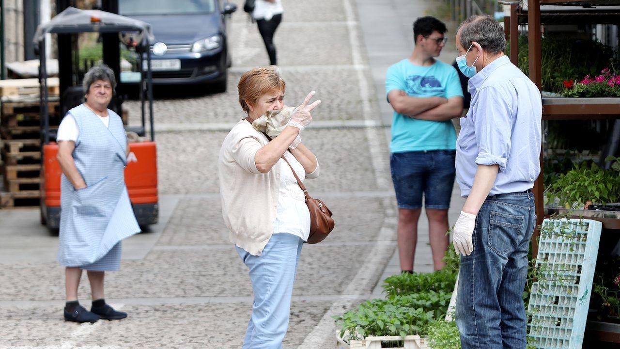 El corazón de Vigo vuelve a latir.Los comerciantes ven más movimiento de gente en la calle