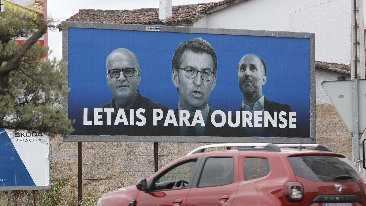 Valla publicitaria en la calle Marcelo Macías