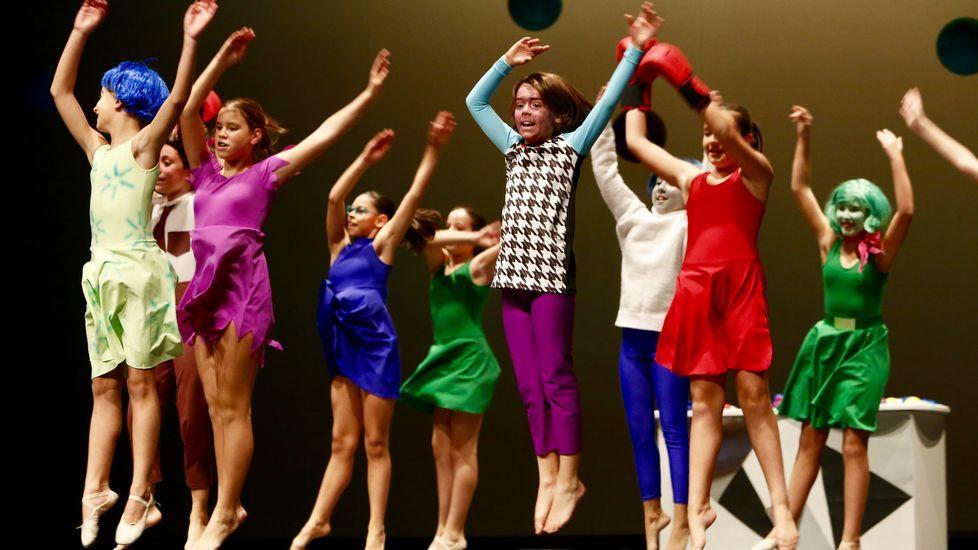 El Conservatorio de Danza de Lugo organiza el festival a favor de UNICEF.Wenceslao López, Marisa Ponga y María José Platero