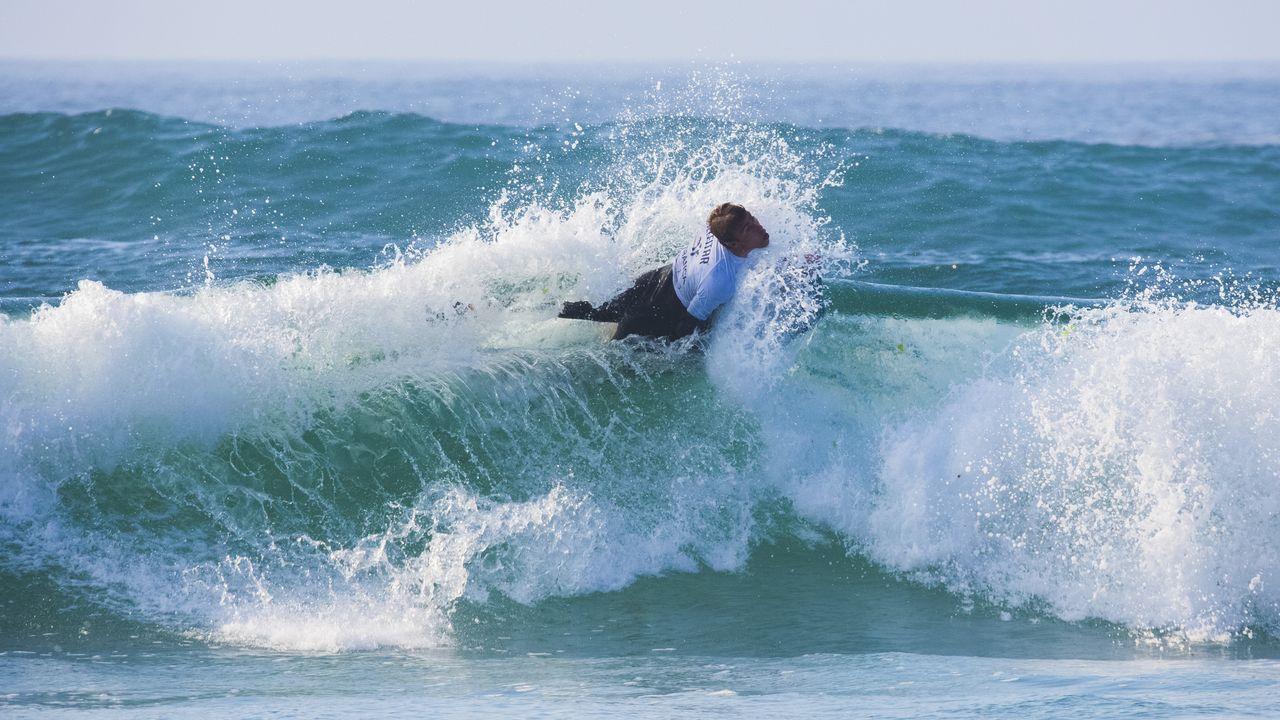 Mira el transcurso del campeonato de España de salvamento y socorrismo por comunidades autónomas: ¡el álbum!.Rescate del tripulante encallado en el Puerto Deportivo