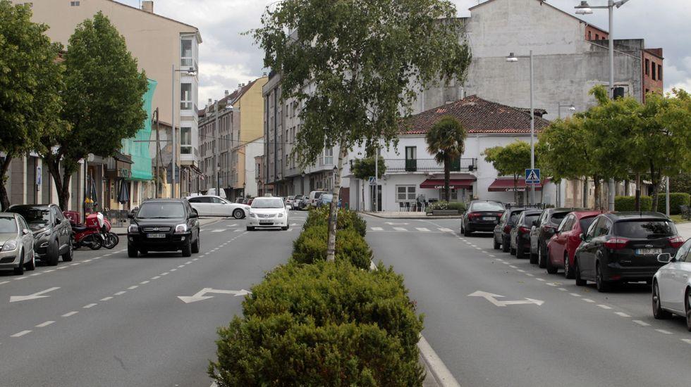 Estas son algunas de las calles de Monforte en las que aún se puede ir a 50 por hora.Los ciclistas harán el recorrido que muestra el mapa, de unos seis kilómetros de longitud, por el casco urbano de Monforte