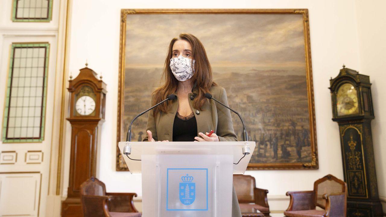 La edila de Benestar Social, Yoya Neira, en rueda de prensa