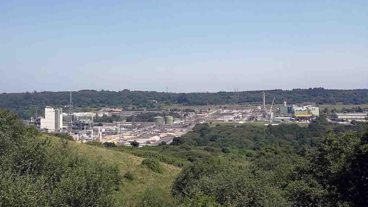 El complejo de DuPont en Asturias
