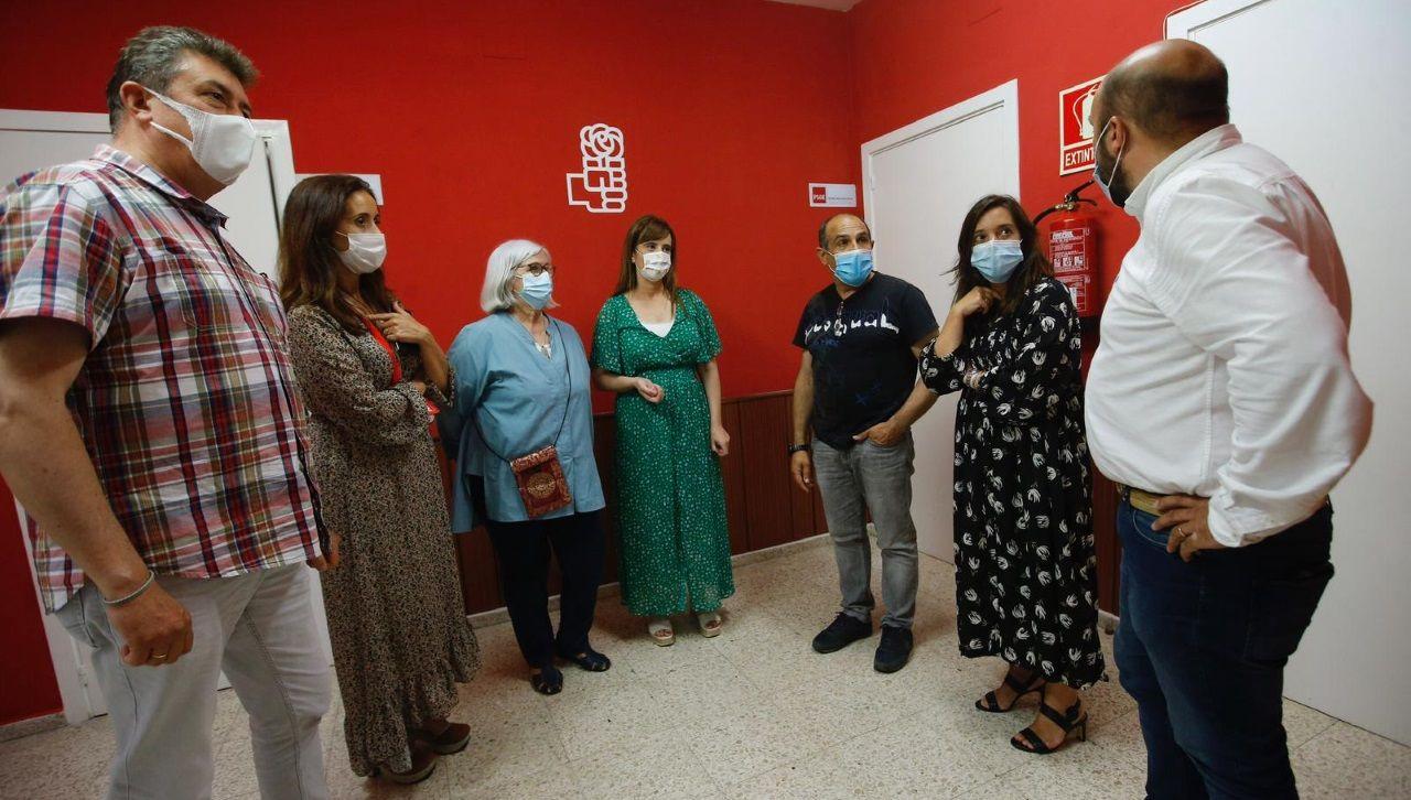 El PSOE, en su sede de Zalaeta durante el recuento