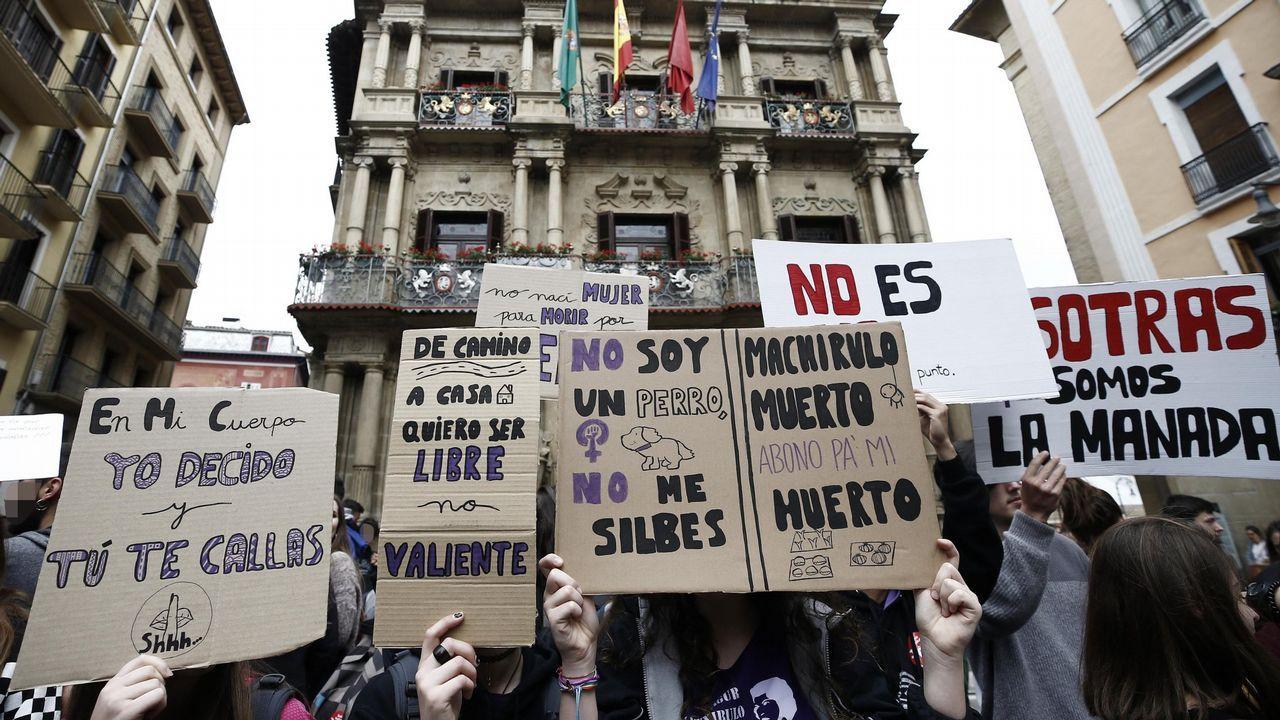 Concentración en contra de la sentencia de La Manada en Pamplona
