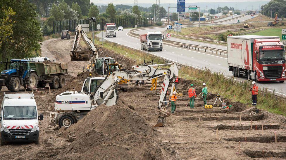 Francia construye un muro antiinmigrantes en Calais