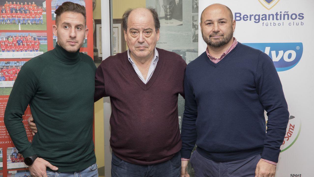 Las imágenes del partido entre el Pontevedra y el Racing de Ferrol