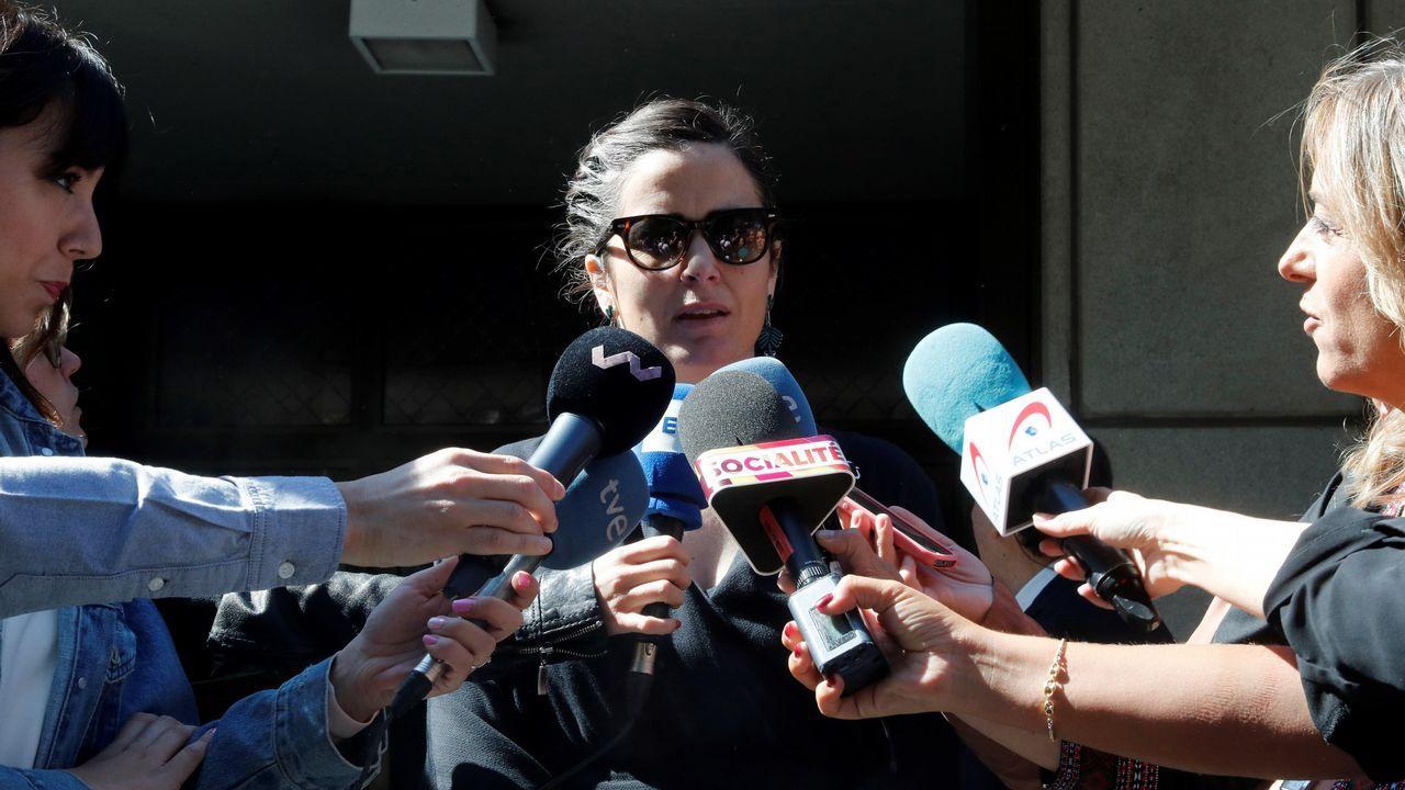 La hija de Chicho Ibáñez Serrador atiende a los medios