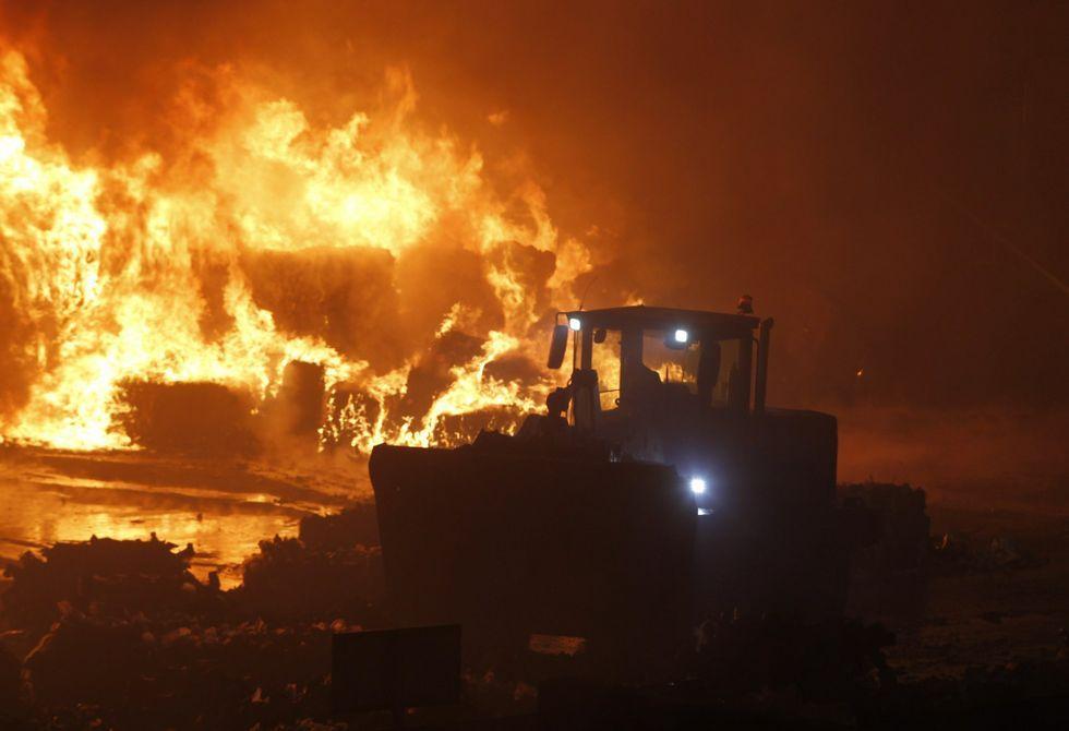 La VIII Festa da Palilleira de Camariñas, en imágenes.Durante la huelga del 2013 se declaró un incendio en Nostián que sigue sin aclararse.