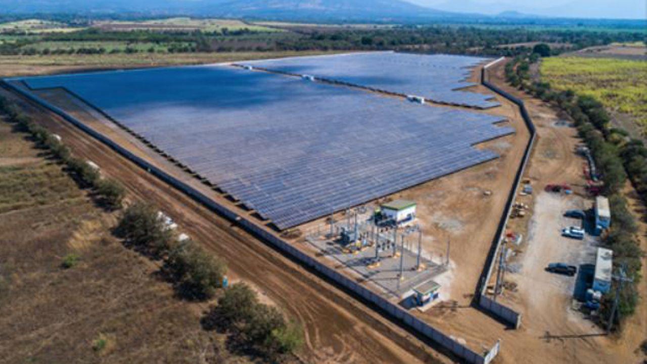 Planta solar de Isotron en El Salvador