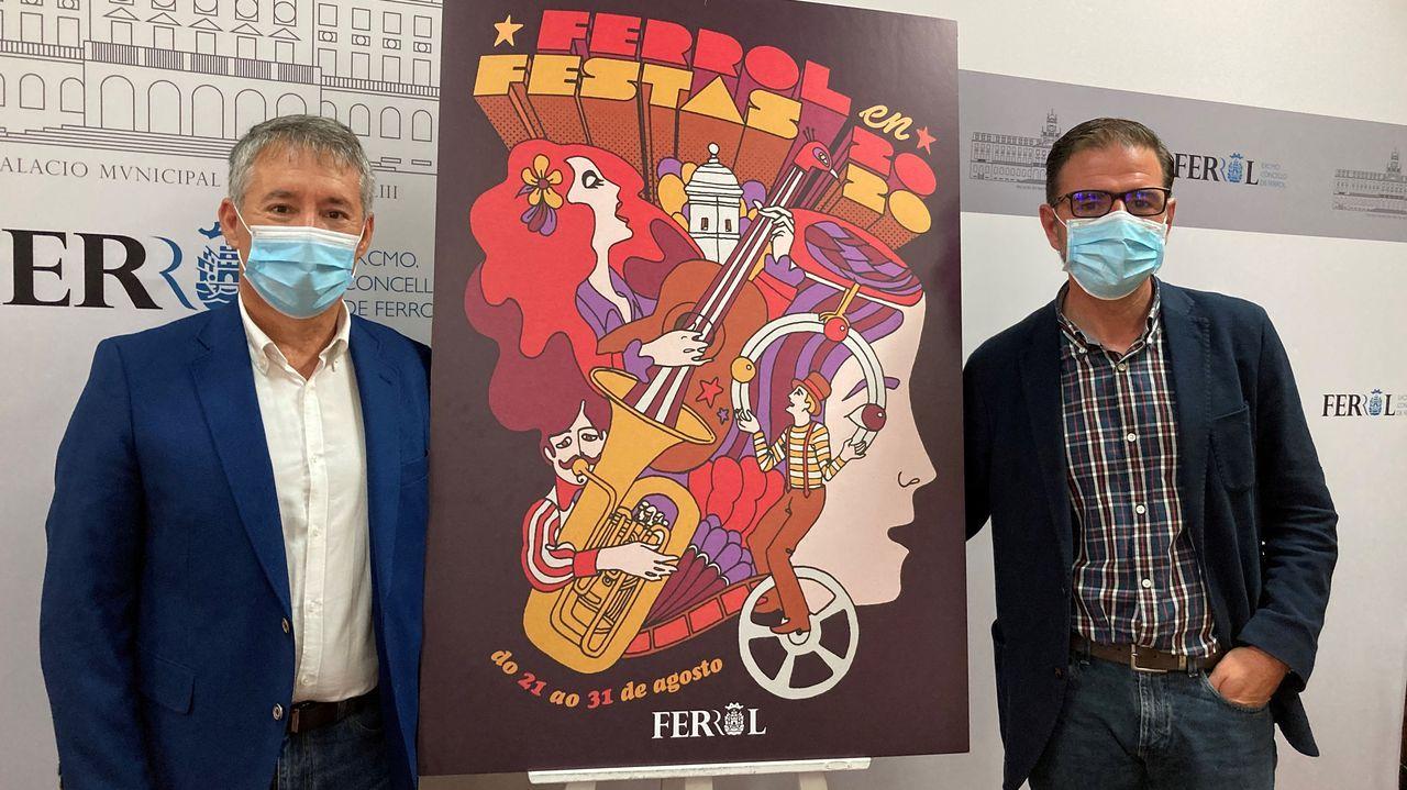 Antonio Golpe y Ángel Mato, junto al cartel diseñado por Mario Feal