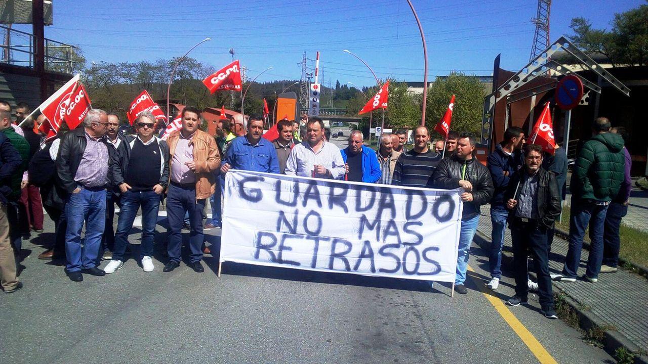 Huelga de trenes en Galicia.Protesta de los trabajadores de Guardado Vías y Obras