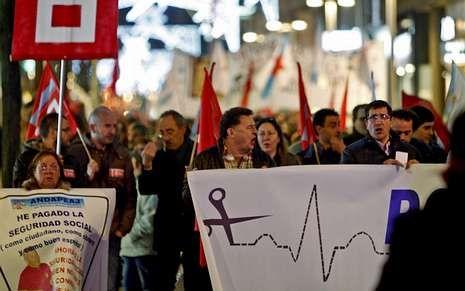 La manifestación del 10 de diciembre en defensa dela sanidad congregó a miles de personas.