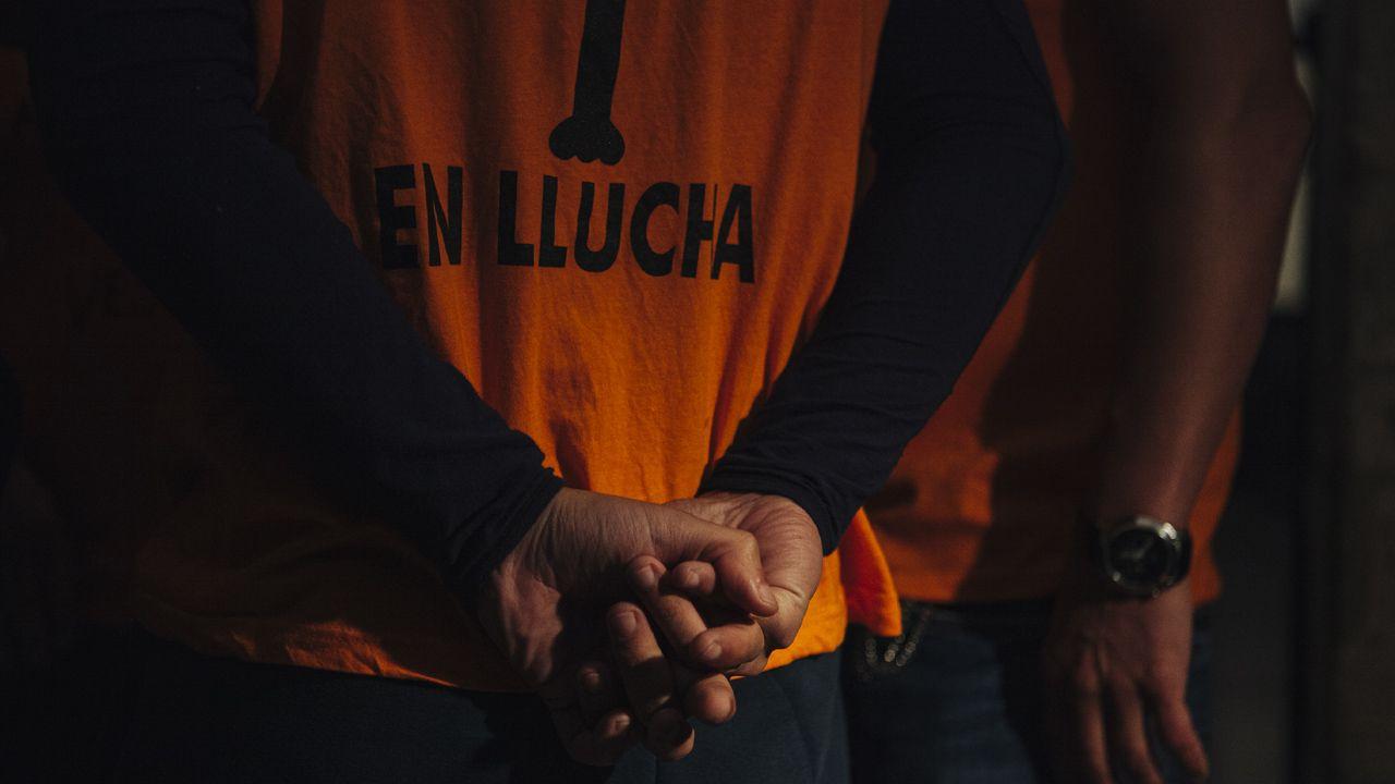 Los encerrados de Veuvius cuentan su encuentro con los reyes.El secretario general de Podemos Asturies, Daniel Ripa