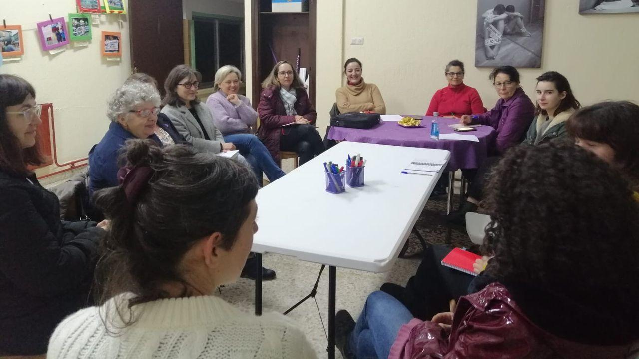 Practican la autopsia a la mujer encontrada en un contenedor.Marisa Ponga en la presentación de los actos del 8M en Oviedo