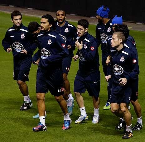La llegada del Real Madrid a A Coruña.El Dépor se entrenó ayer por la tarde en Riazor nada más regresar de Sevilla.