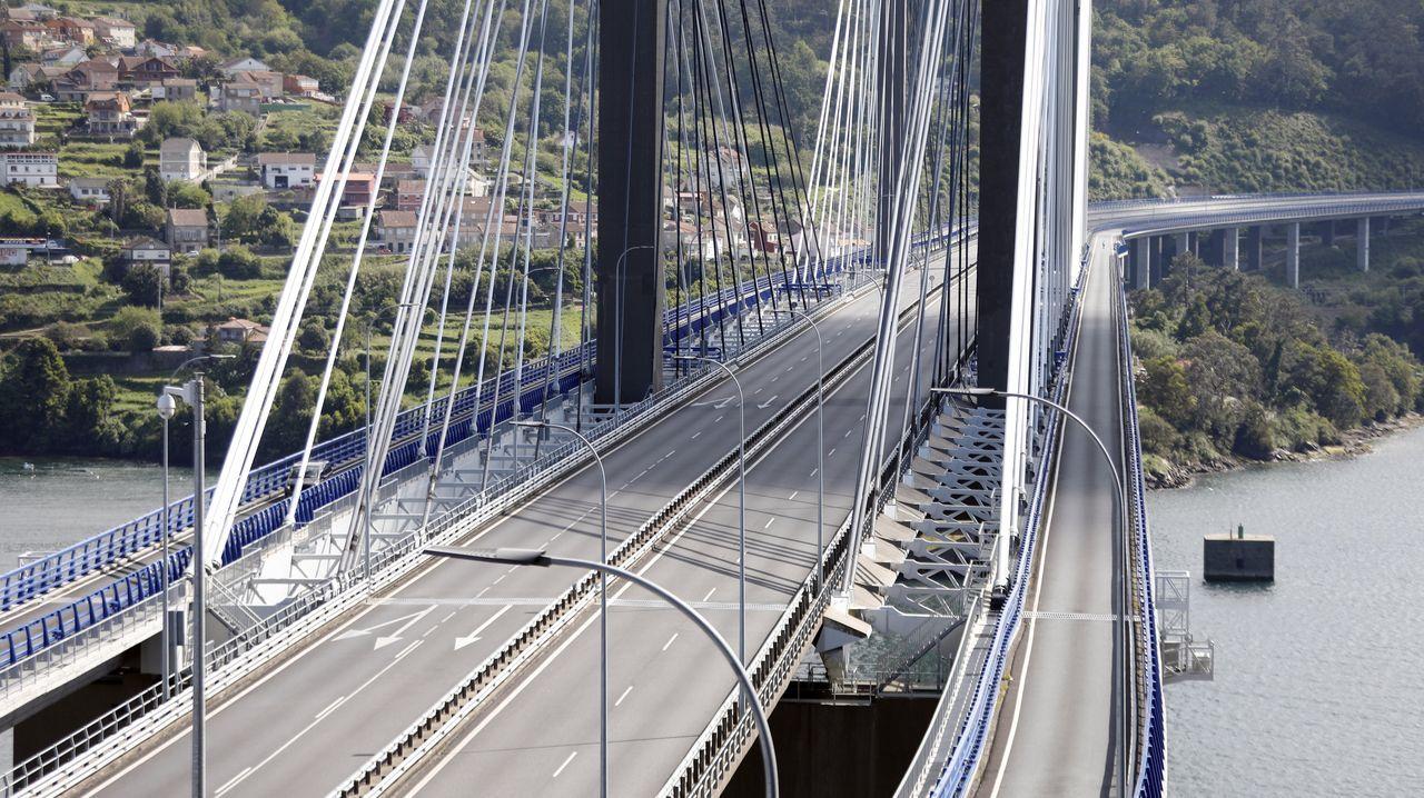 Imagen del puente de Rande sin un solo vehículo por efecto del confinamiento