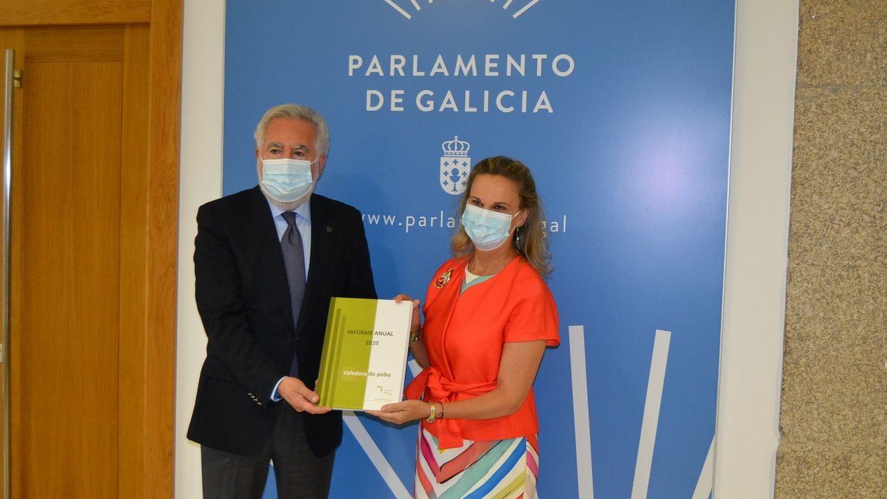 Colas para la vacunación hoy en el Gaiás, Santiago