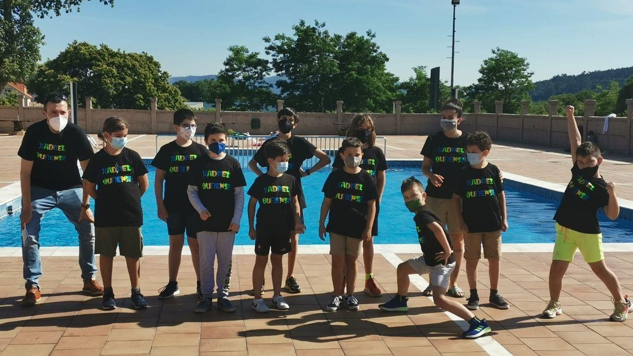 Algunos de los integrantes del Club Xadrez Ourense