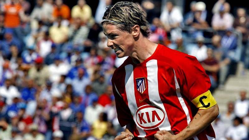 Locura por Torres en el Calderón