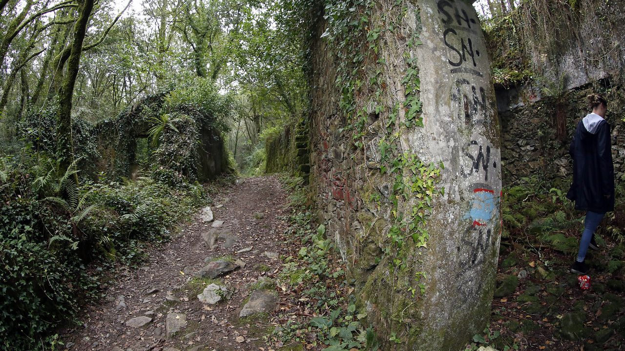Xei, aldea abandonada en Noia