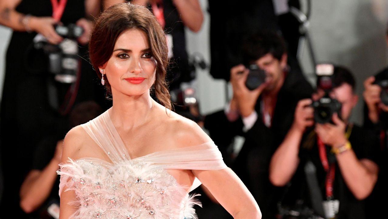 Penélope Cruz deslumbra en la alfombra roja de Venecia.El Festival de San Sebastián será del 20 al 28