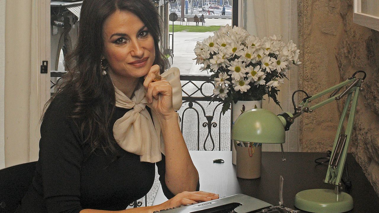 obras.Iglesias, en una foto de archivo junto a Irene Montero, exigía estar en la comisión de Inteligencia