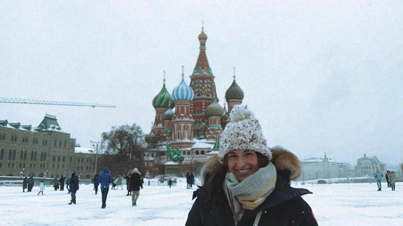 Sara López Fernández, de Foz, traballa e formase en Moscú, na Oficina Económica y Comercial de la Embajada de España en Rusia,