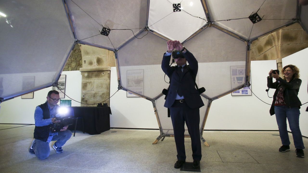 La experiencia virtual es fundamental en la exposición del Thyssen que acoge el museo naval ferrolano