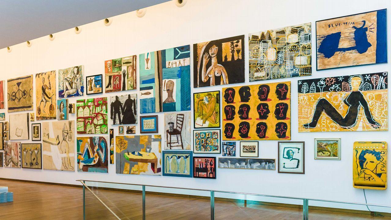 Las obras de Cabezas se exponen en una única pared de la Fundación Seoane