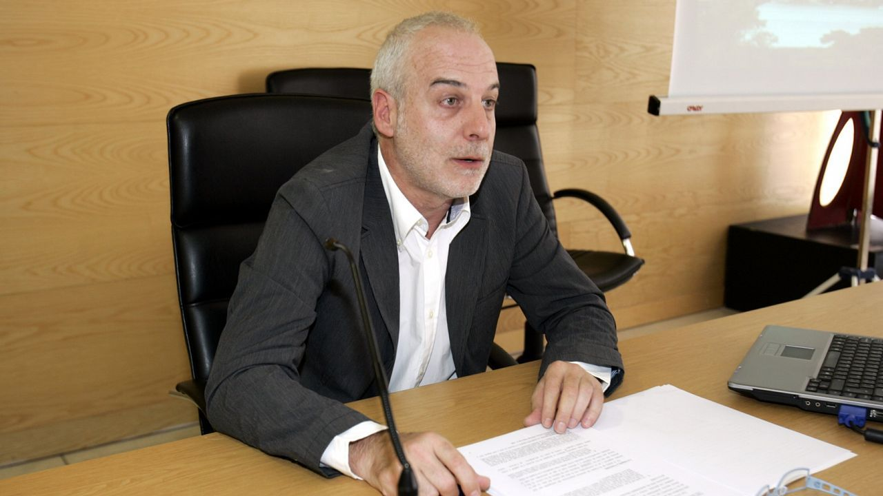Zapata, que ejerce como abogado en Vigo, es crítico con el régimen venezolano