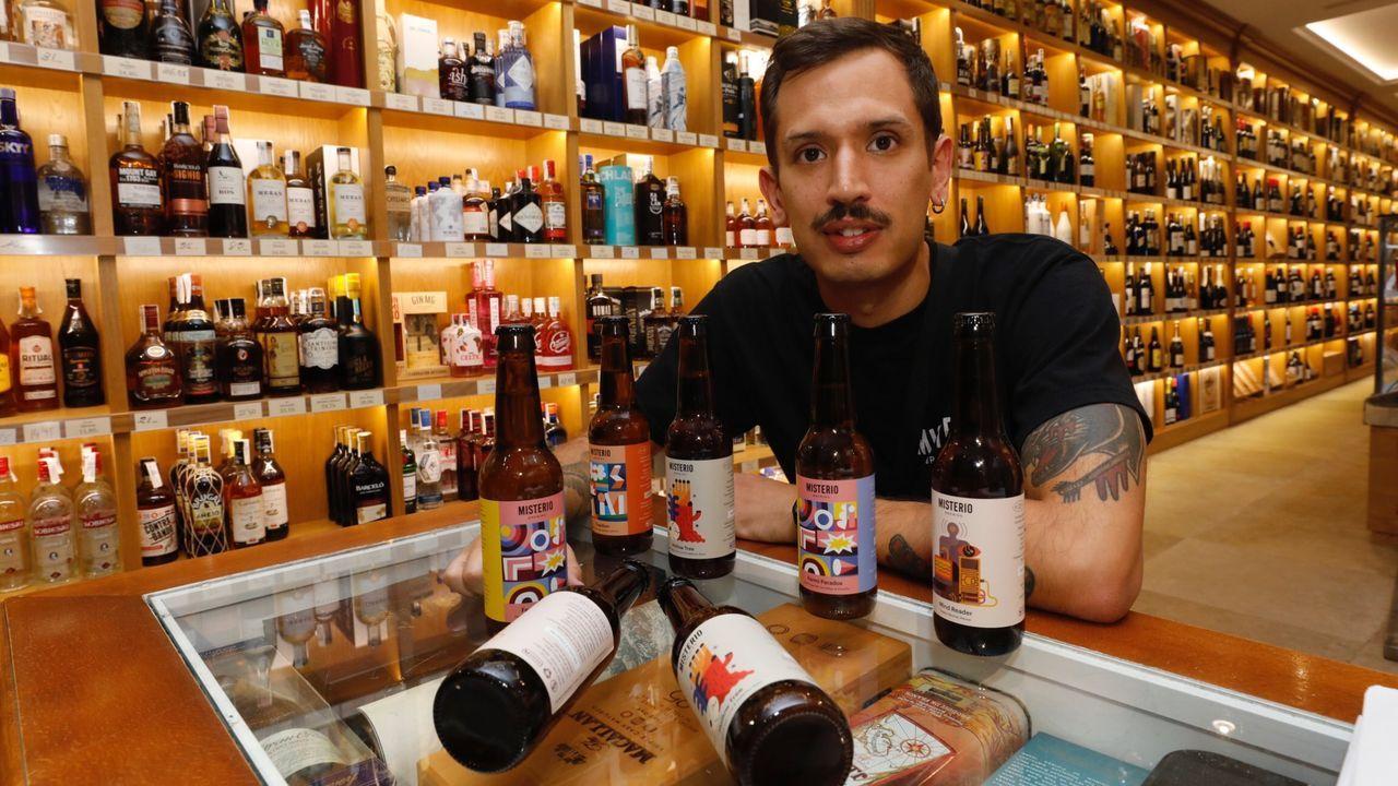 Freijanes en Casa Chao, de Viveiro, donde vende su cerveza, Misterio