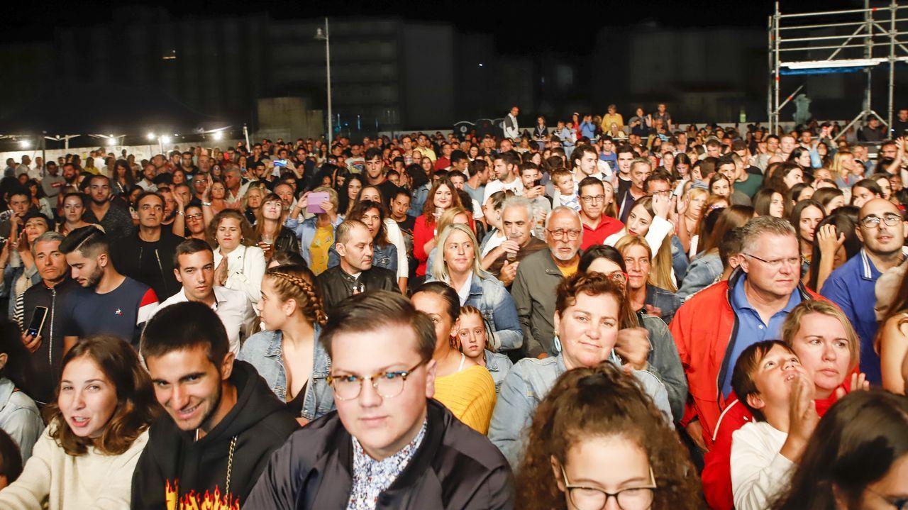 Concierto de Maldita Nerea en las fiestas de Ribeira