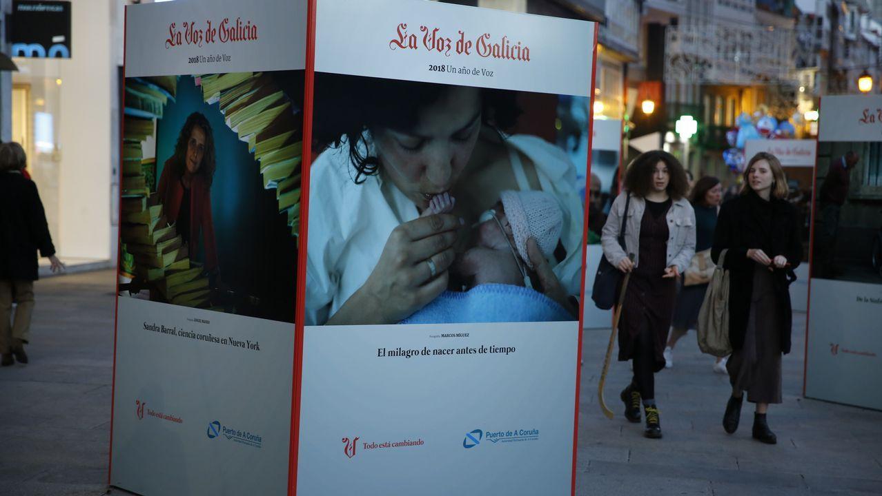 Inauguración de la exposición «Un año de Voz».Matt Damon con Pablo Isla